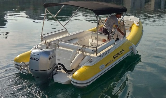 Rent a boat Robinzon 23 - Sumartin (Brač)