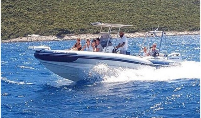 Rent a boat Marlin 790 Dynamic - Split