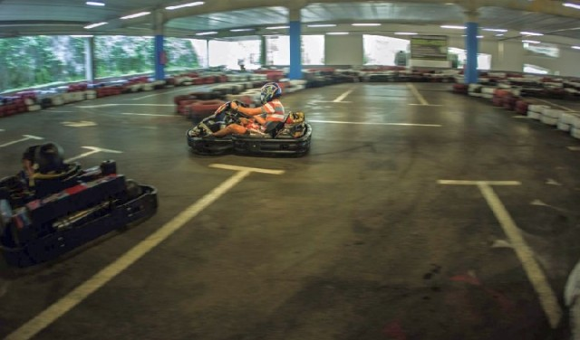 KARTING ARENA SPLIT