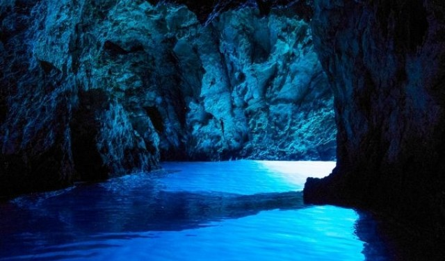 Blue cave day tour from Split / Trogir