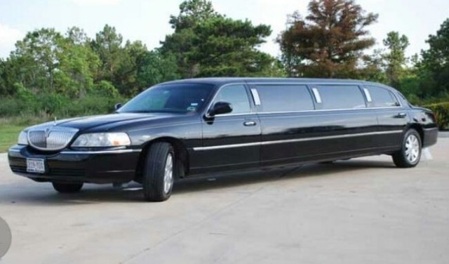 Rent a limousine - Split