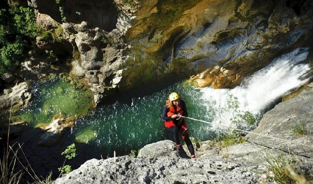 EXTREME CANYONING CETINA RIVER