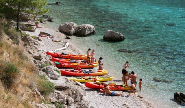 SEA KAYAKING BRELA (MAKARSKA)
