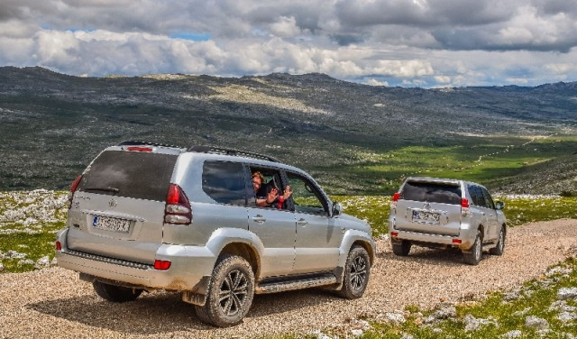 Horse riding & exploration with jeep near Split